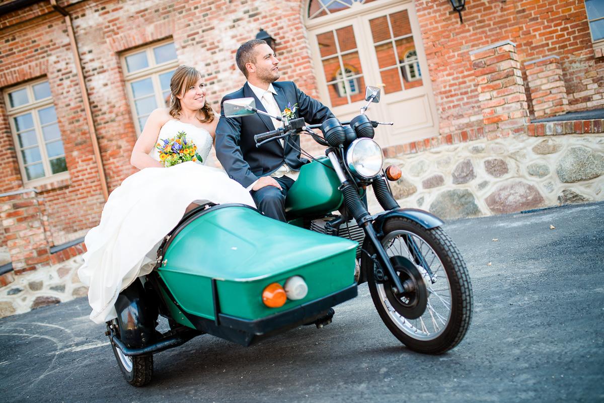 Hochzeitsfotograf-Ulrichshusen-Kollektiv-Blickwinkel-1409-016